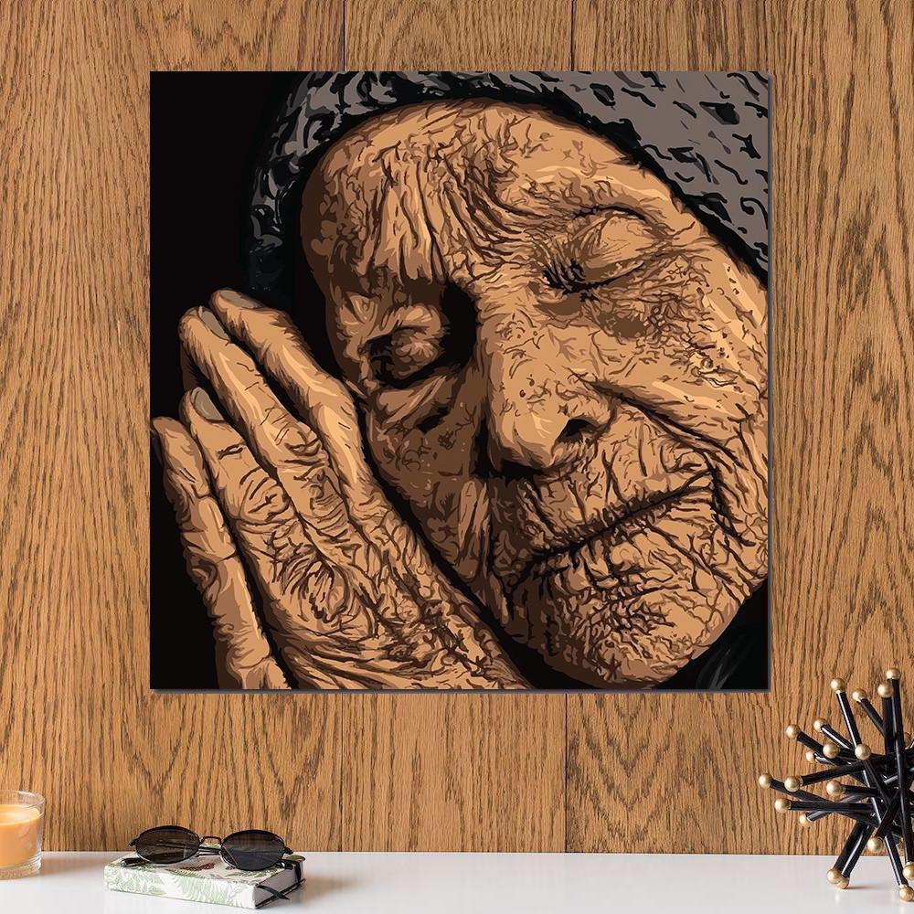 لوحة تجاعيد الزمن المرأة خشب ام دي اف مقاس 30x30 سنتيمتر