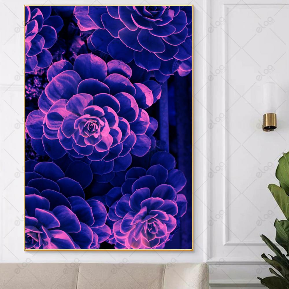 لوحة فن تجريدي بدرجات اللون الموف والوردي الفسفوري