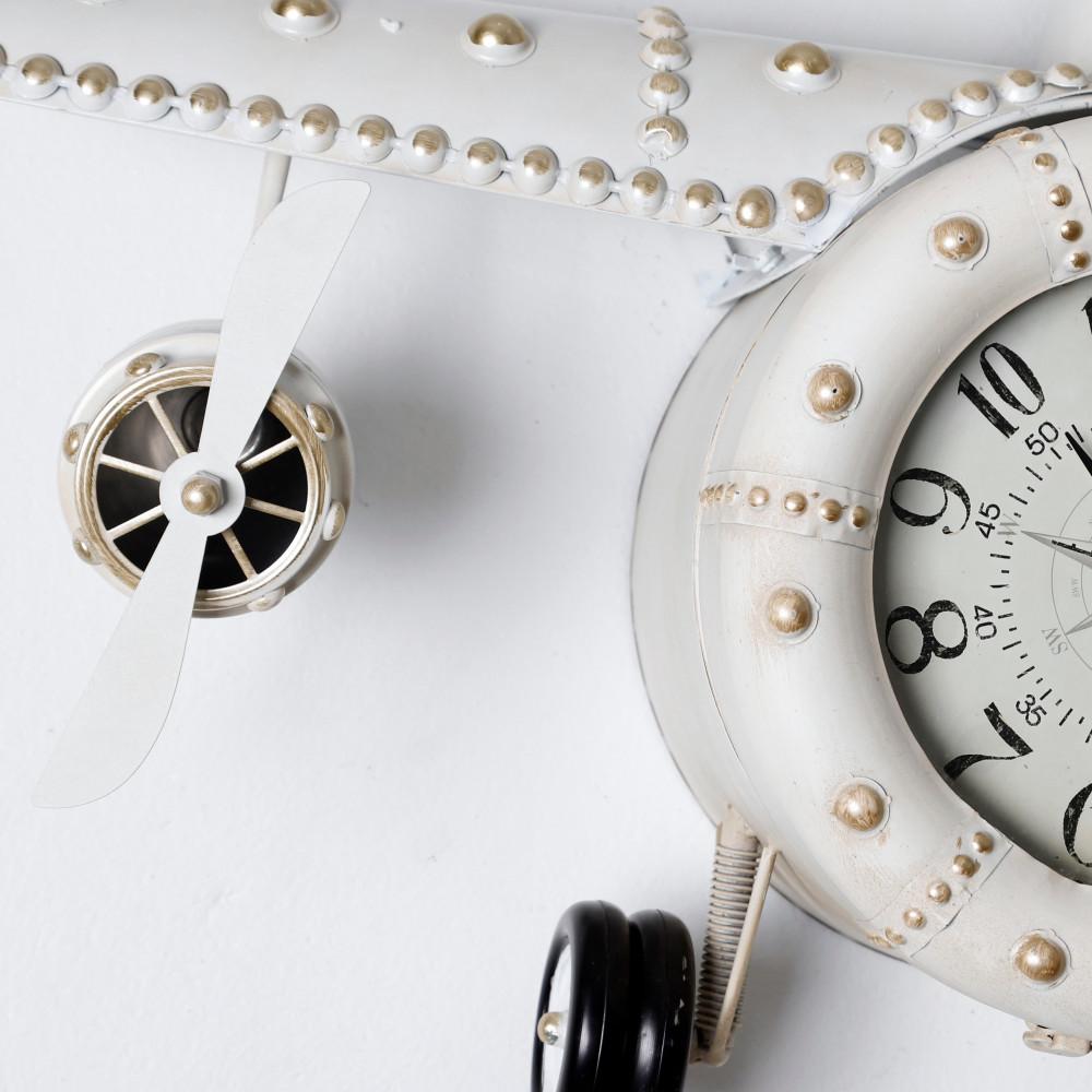 تفاصيل ودقة ساعة حائط أنتيكة موديل بلان فايف شكل طائرة صناعة معدنية