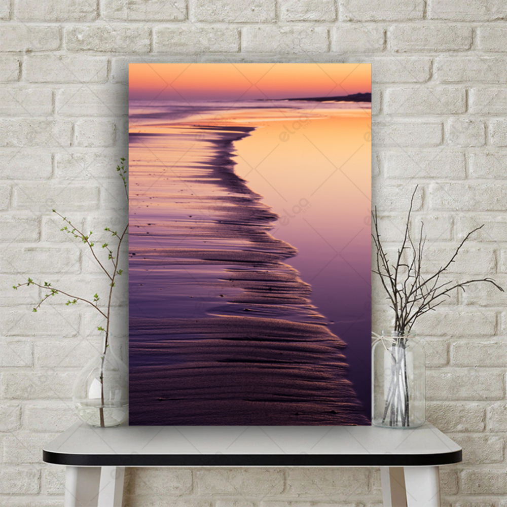 لوحة منظر طبيعي مقرب للساحل عند غروب الشمس