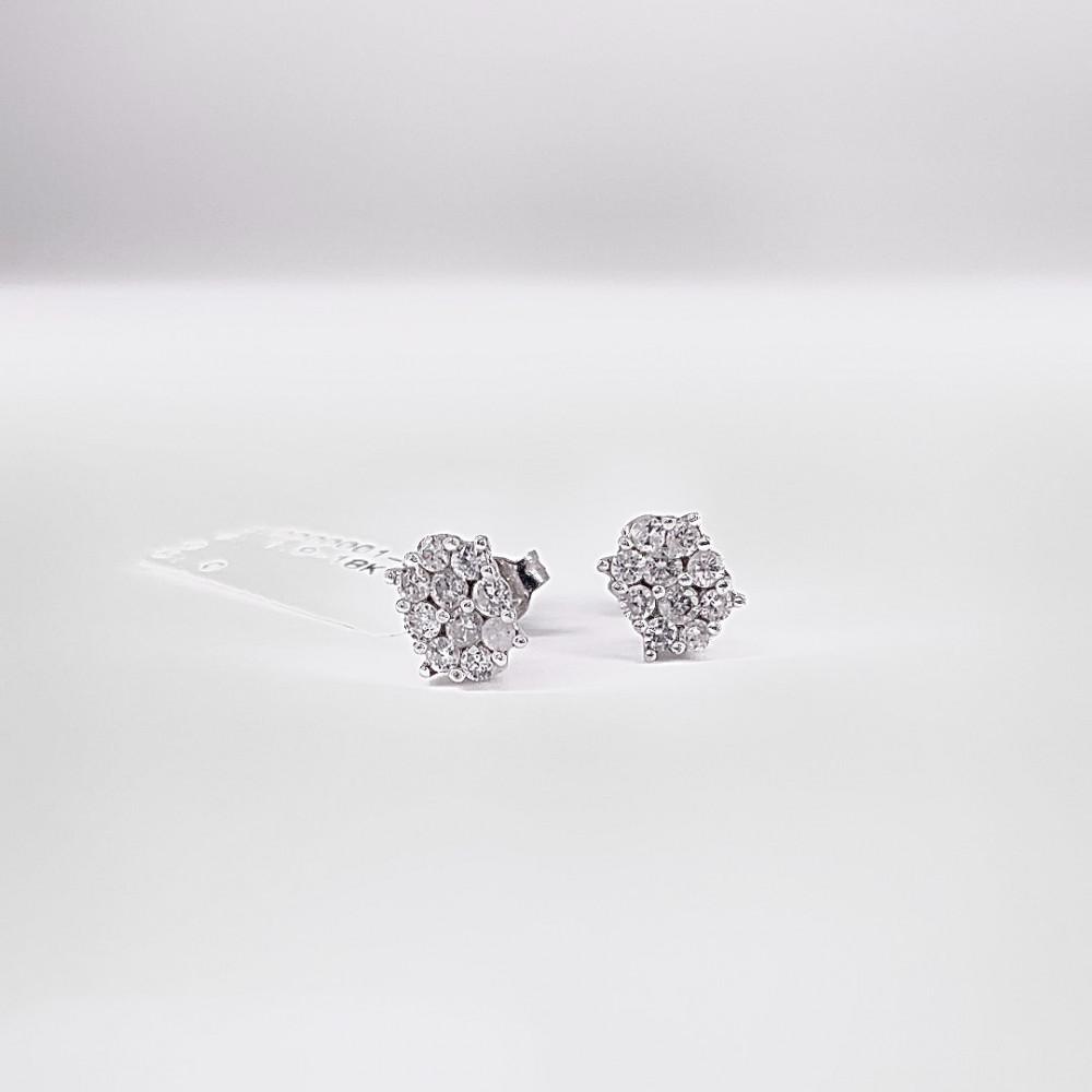 حلق ذهب أبيض مع الماس