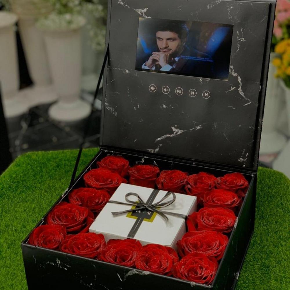 صندوق هدايا الشاشة حب زواج مناسبات ذكرى ورد رخام