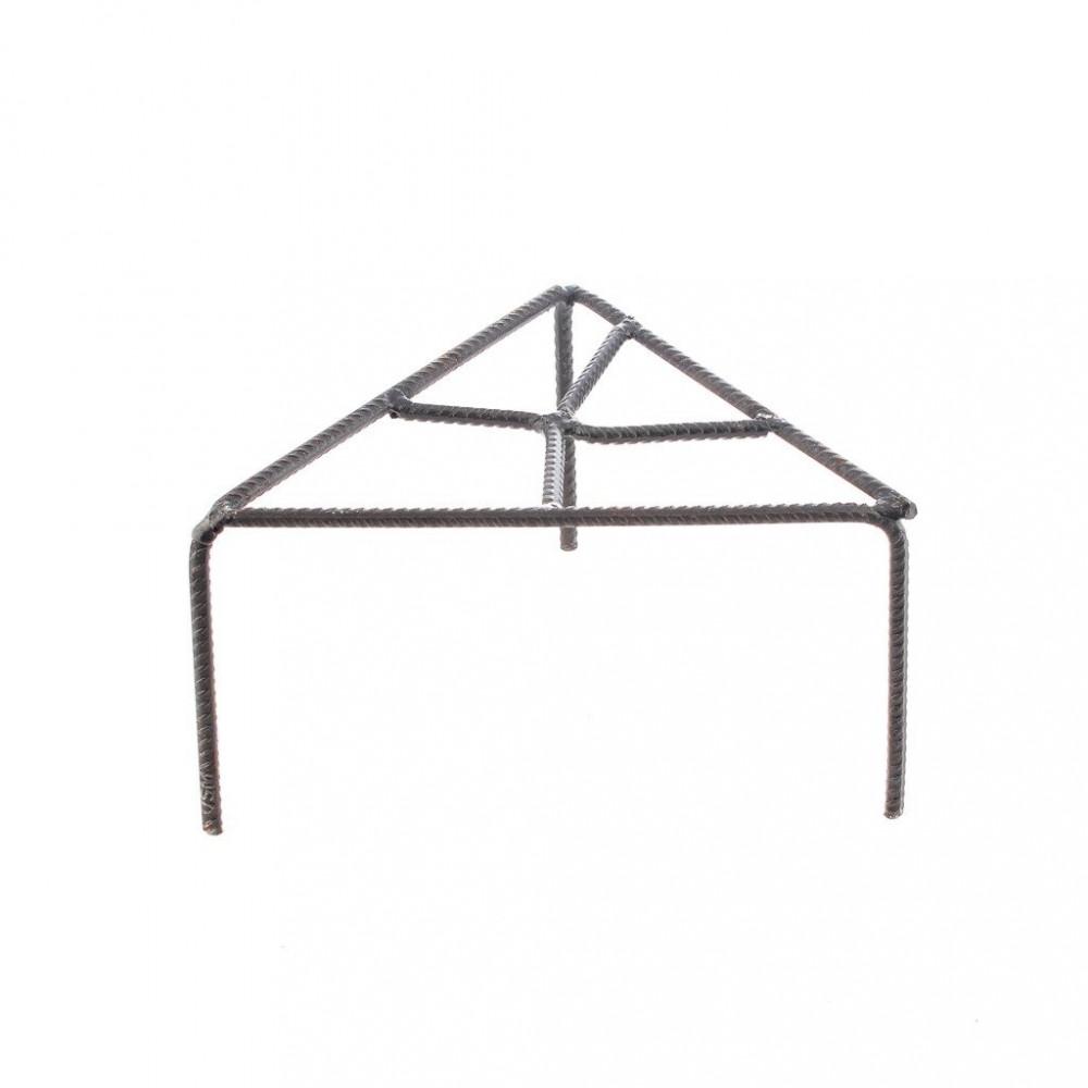 كرسي نار مثلث وسط