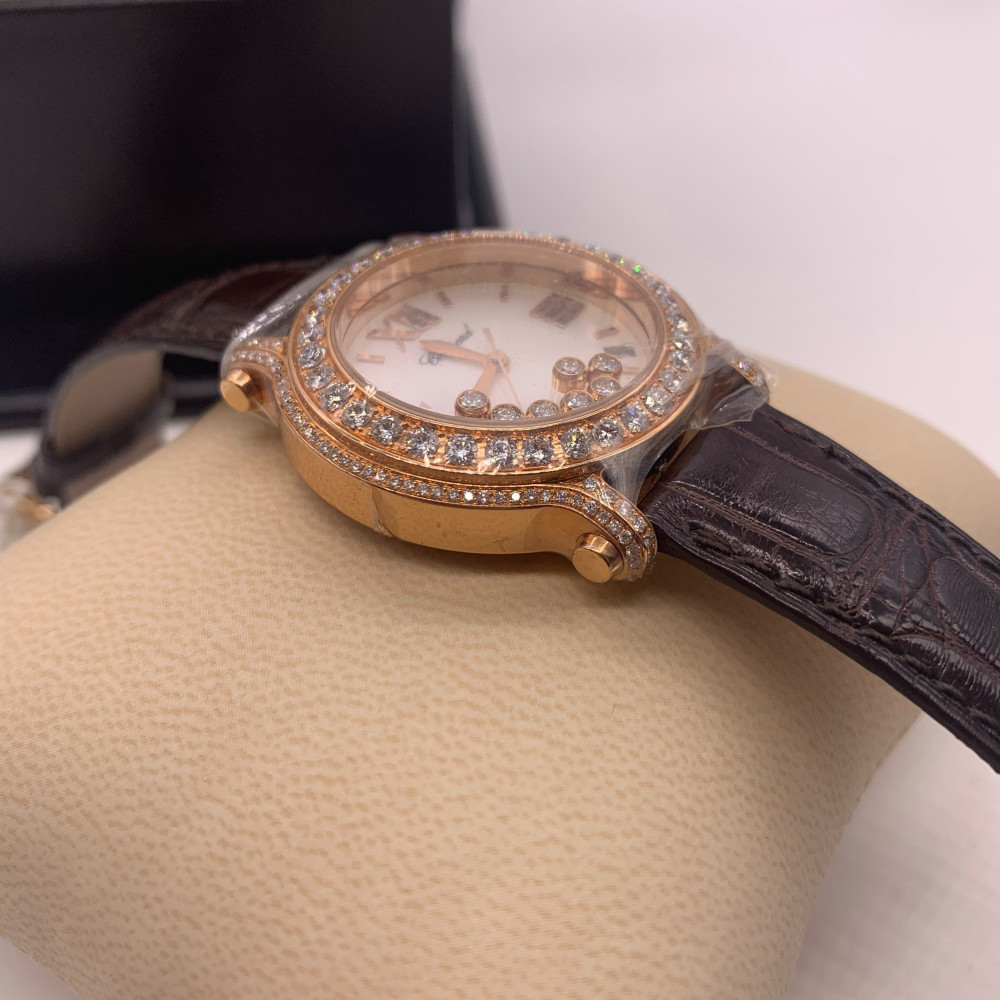 ساعة شوبارد هابي دايموند الأصلية جديدة تماما