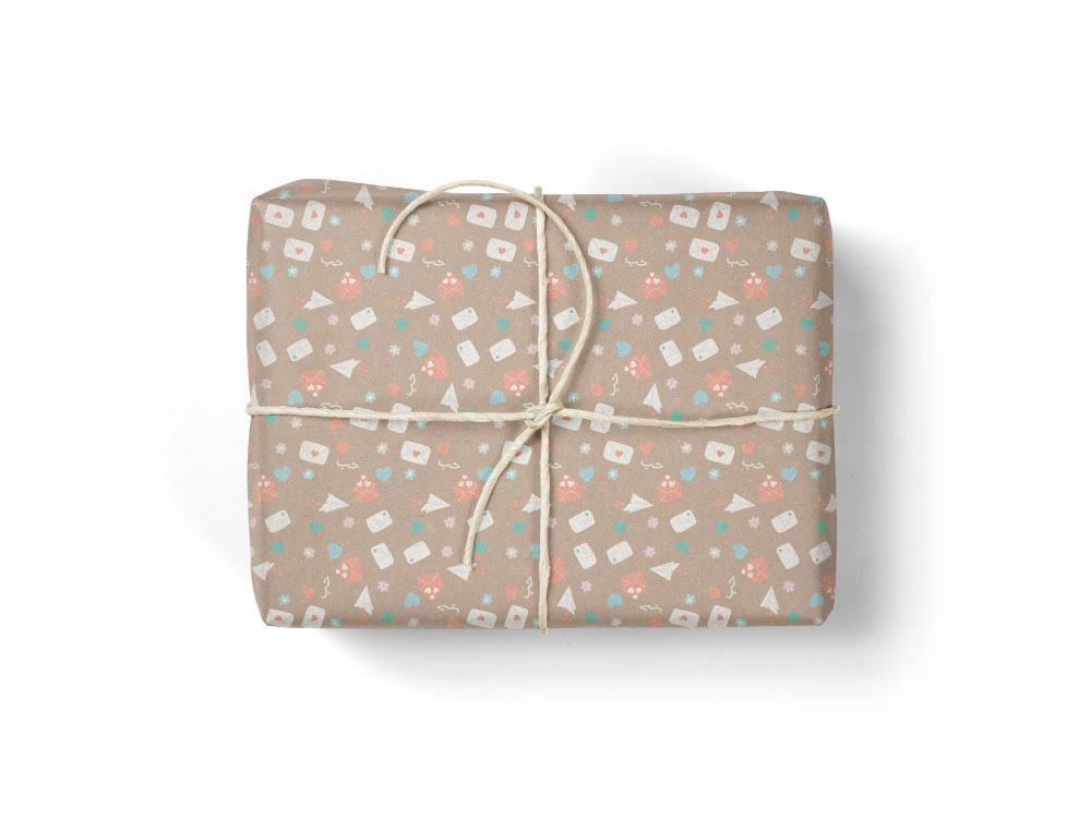 ورق تغليف هدايا رسائل حب