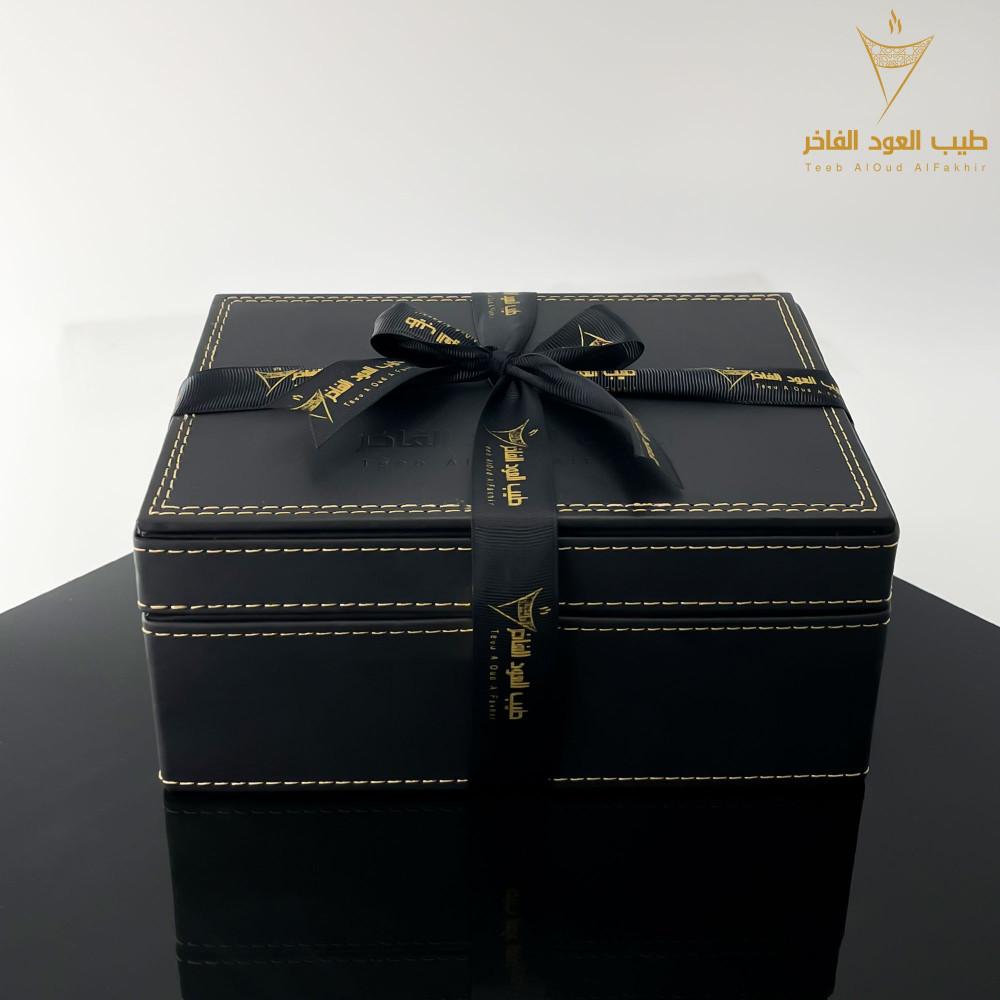 عرض بوكس جلد اسود فاخر
