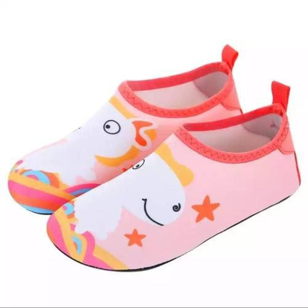 حذاء الشاطئ