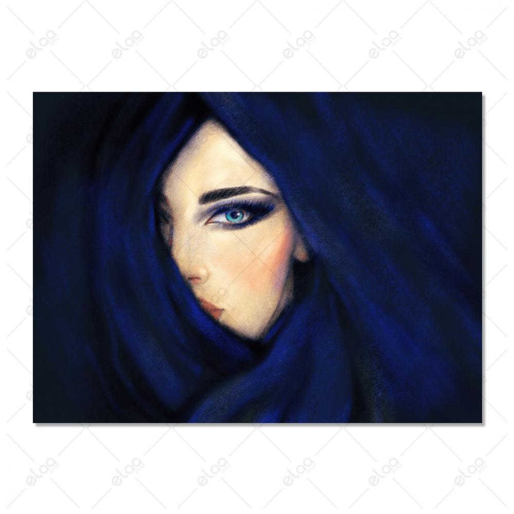 لوحة فنية امراة محجبة بخلفية ازرق غامق