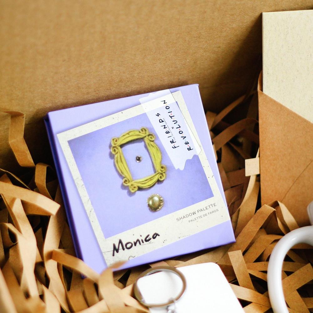 صندوق هدية لعشاق مسلسل فريندز مونيكا هدايا شخصيات باليت مسلسل فريندز