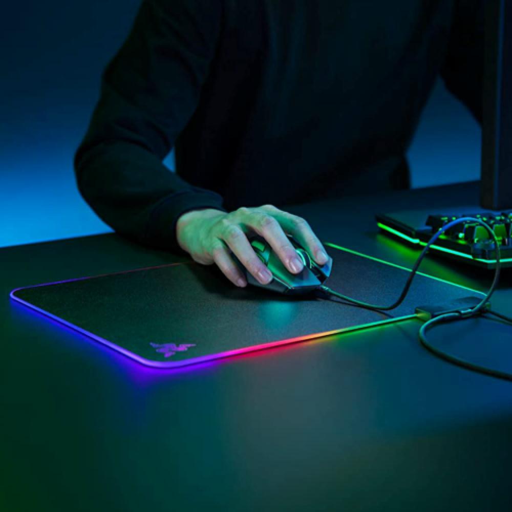 Razer Firefly V2 Mouse Mat
