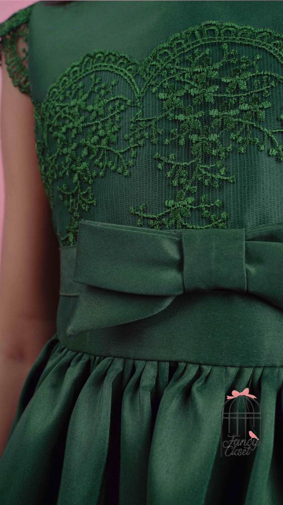 فستان اطفال زيتي مزين بدانتيل لو اخضر