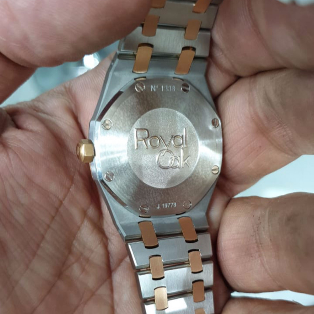 ساعة اوديمار بيجيه رويال اوك الأصلية مستخدمة