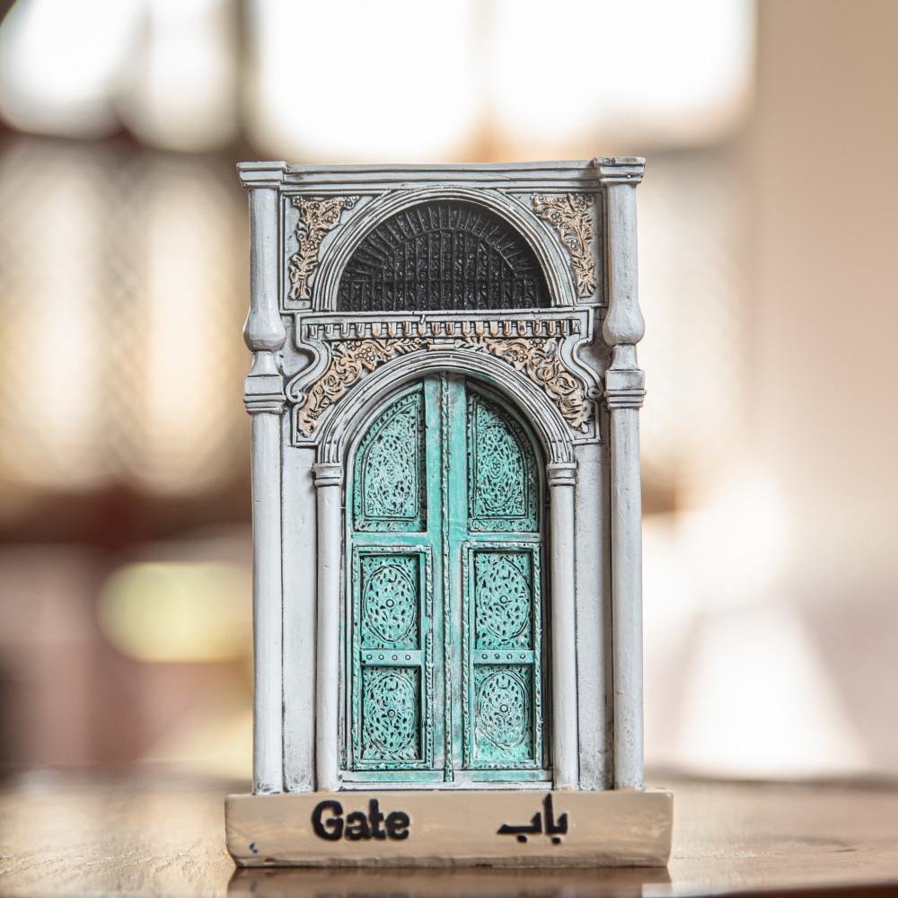 باب القصر التراثي الفخم