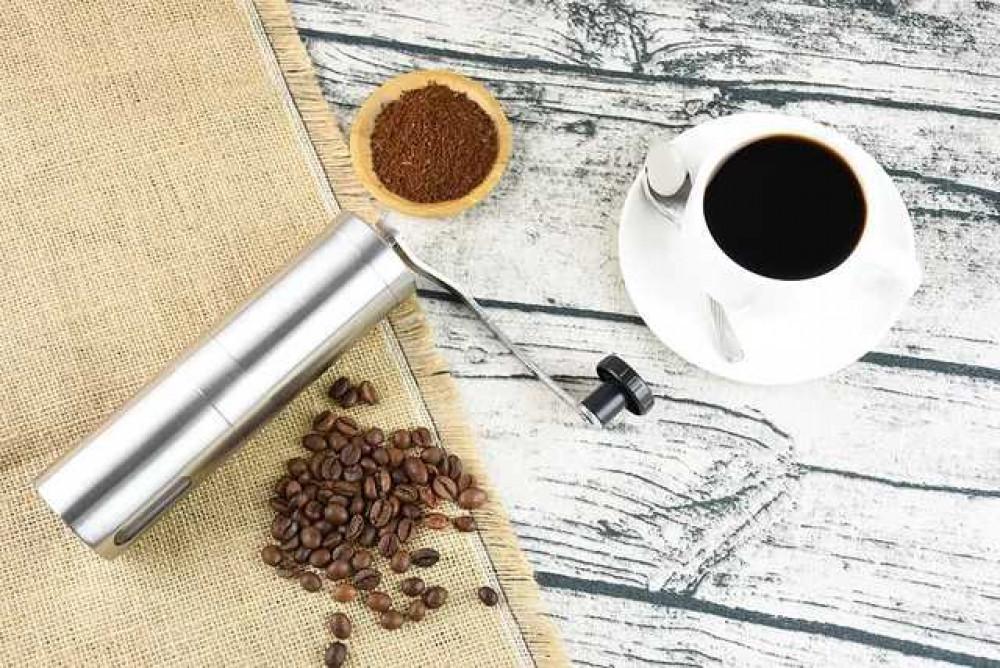 مطحنة قهوة يدوية