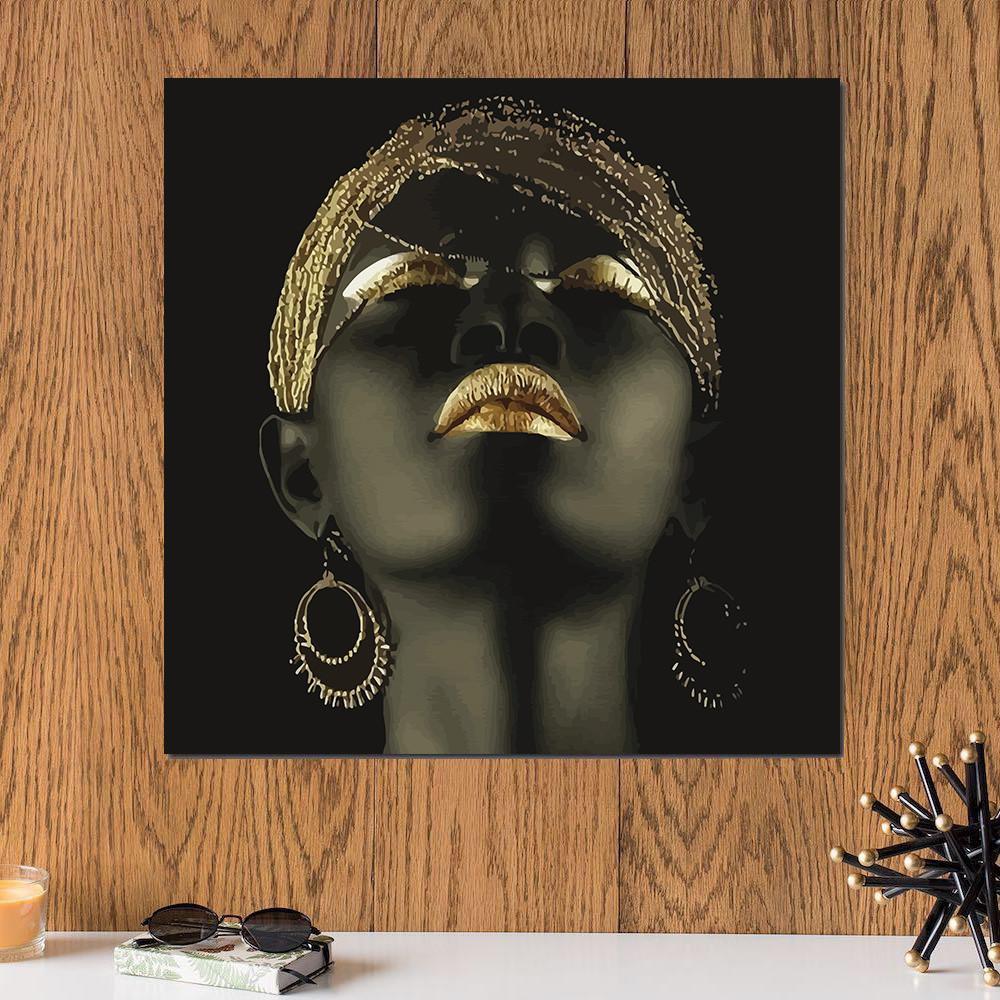 لوحة الجمال الافريقي خشب ام دي اف مقاس 30x30 سنتيمتر