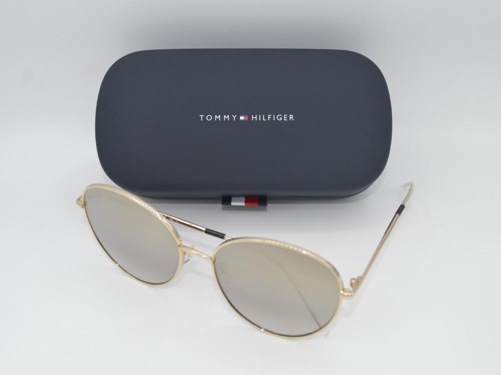 تومى هيلفيغر TOMMY HILFIGER نظارة شمسية نسائية لون العدسة ذهبي مدرج