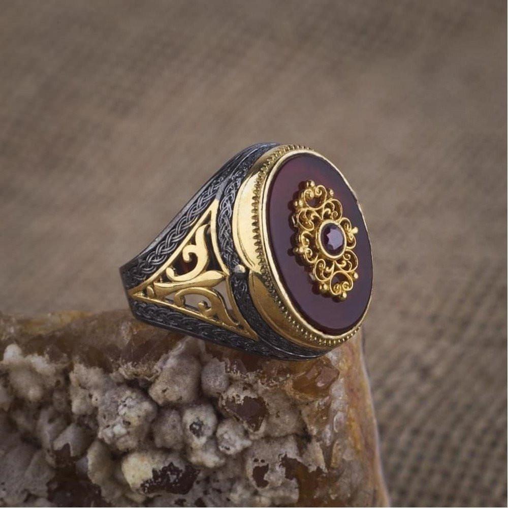خاتم راقي بحجر عقيق أنيق