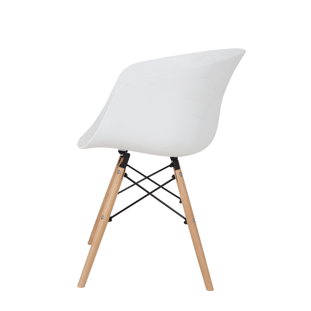 رؤية جانبية للكرسي من طقم كراسي 4 قطع لون أبيض في تجارة بلا حدود