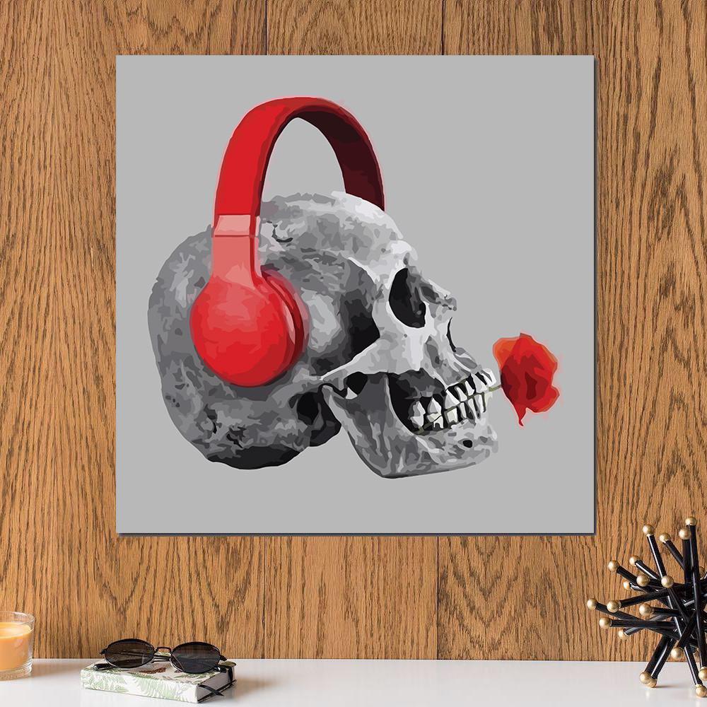 لوحة الجمجمة و الهيدفون خشب ام دي اف مقاس 30x30 سنتيمتر