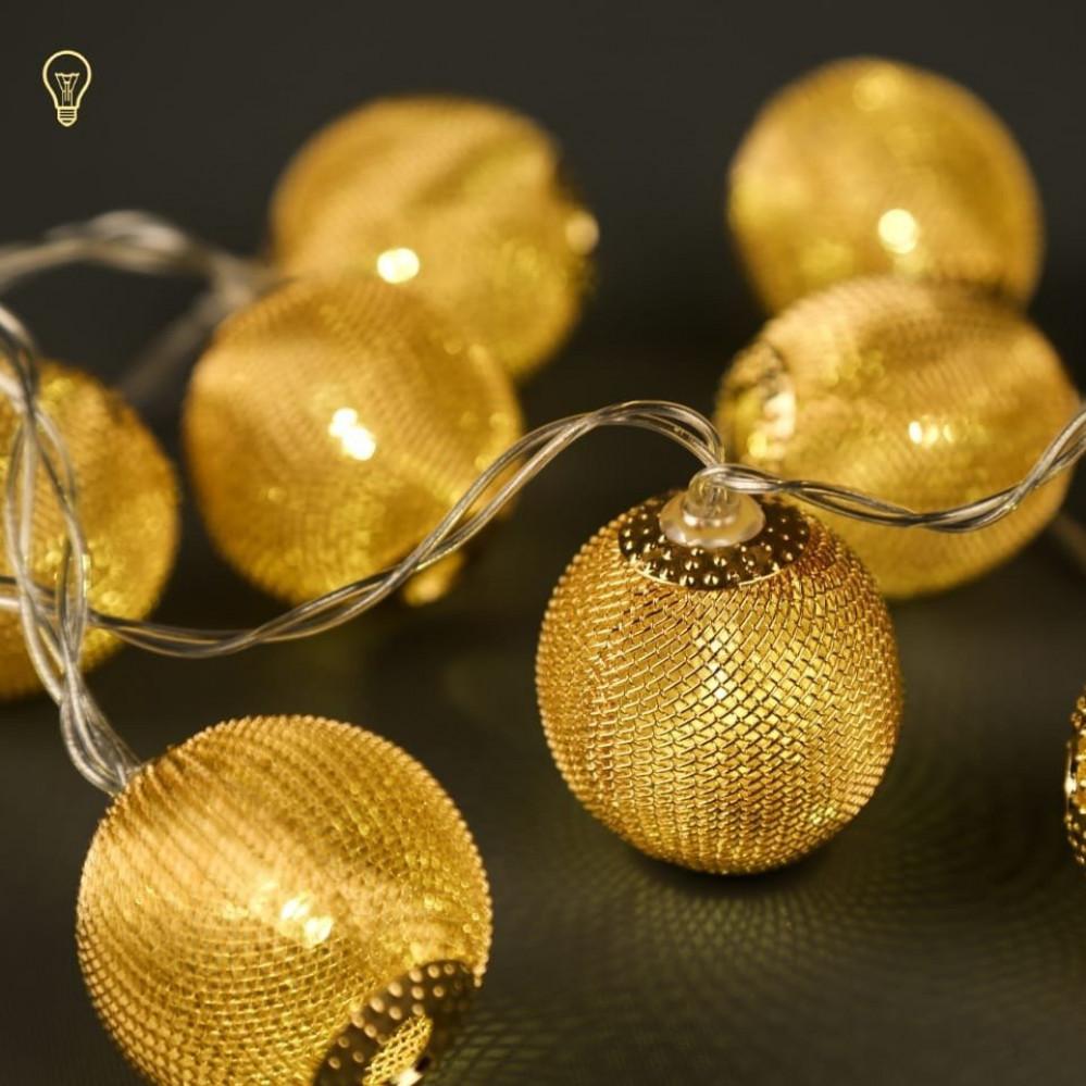 اضاءة دائرية ذهبية رمضانية