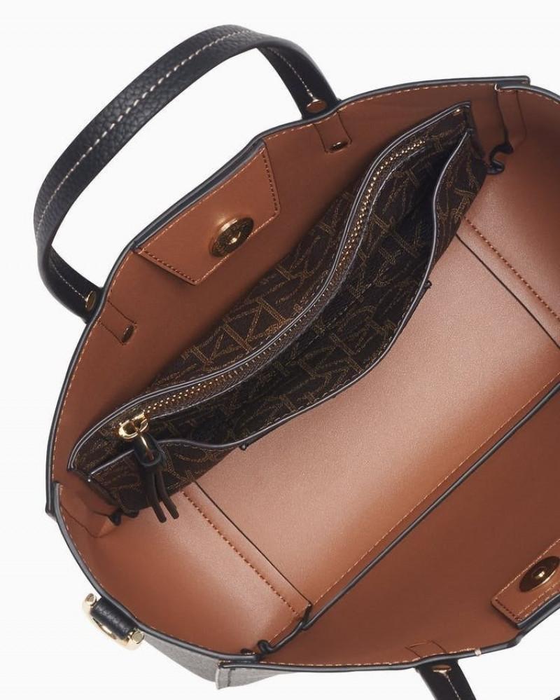 حقيبة  كالفن كلاين عمليه وخفيفه
