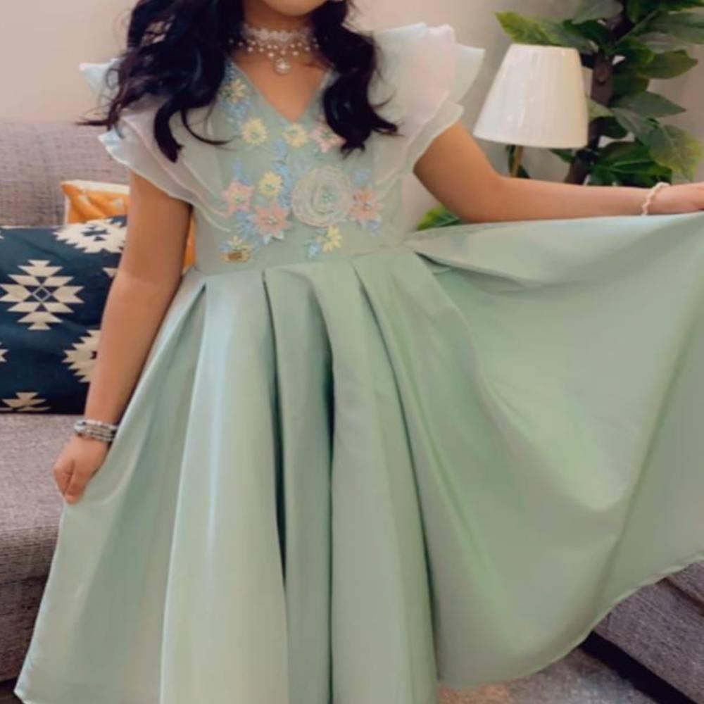 فستان اطفال منفوش
