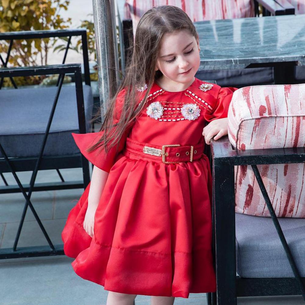فستان احمر منفوش من سيرما