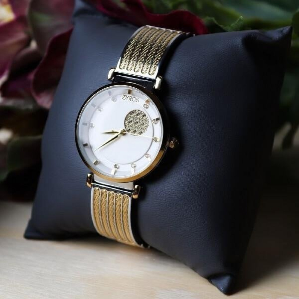 زايروس ساعة نسائيه ذهبية