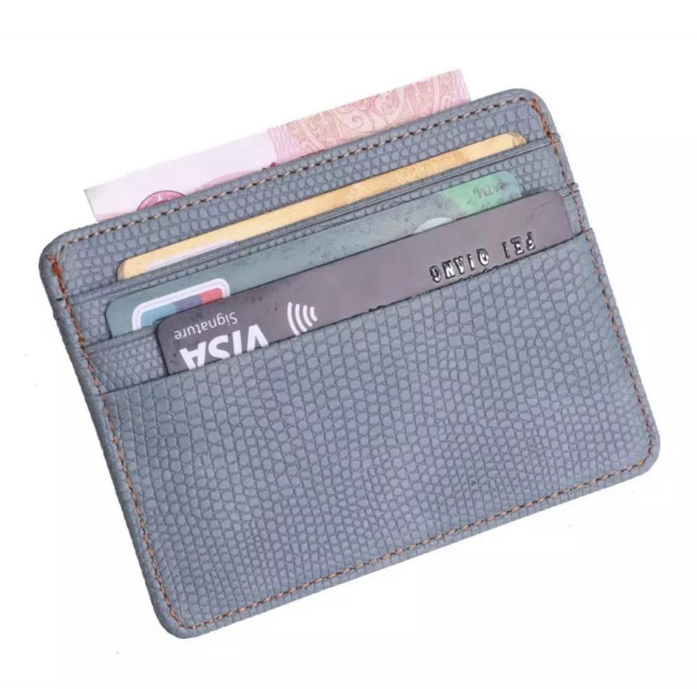 محفظة بطاقات صغيرة