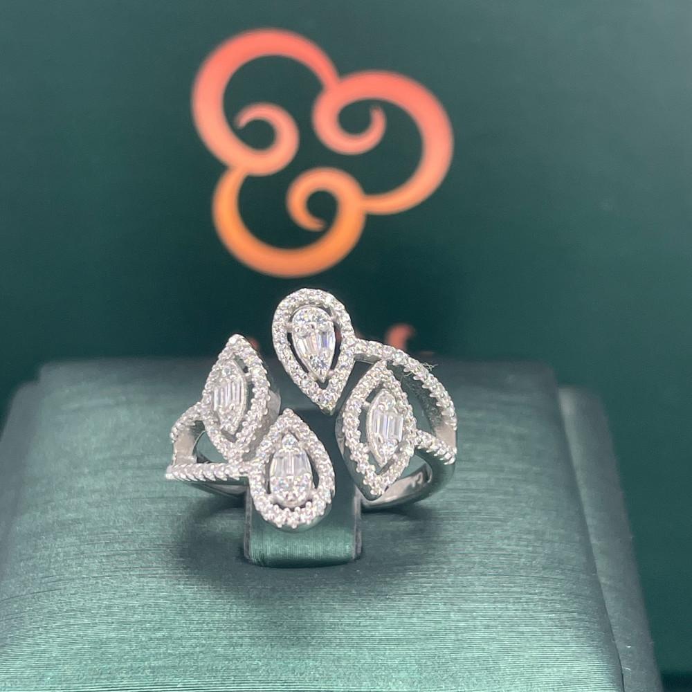 خاتم فضة موديل الماس