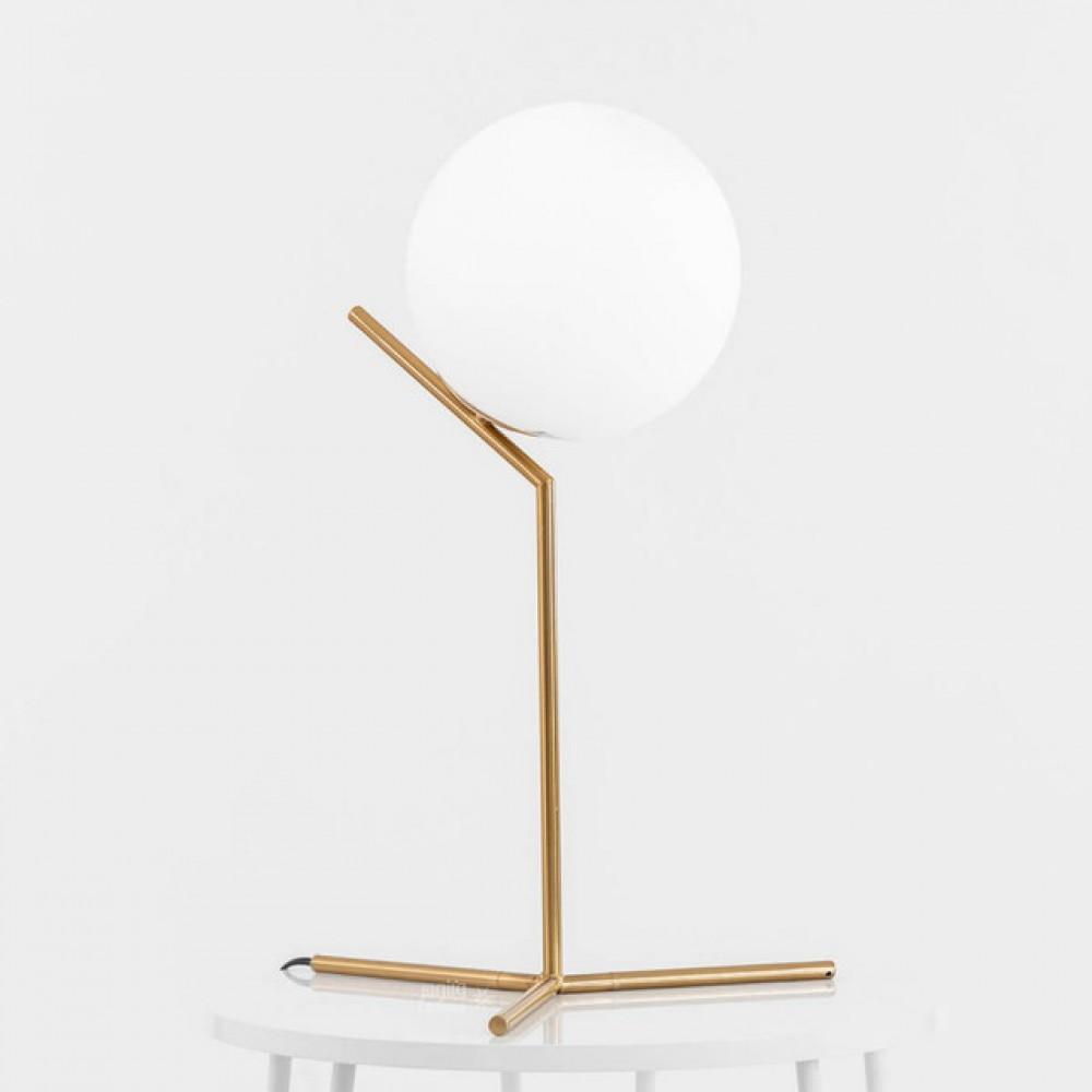 ابجورة كرة مضية بقاعدة راقية ذهبية - فانوس