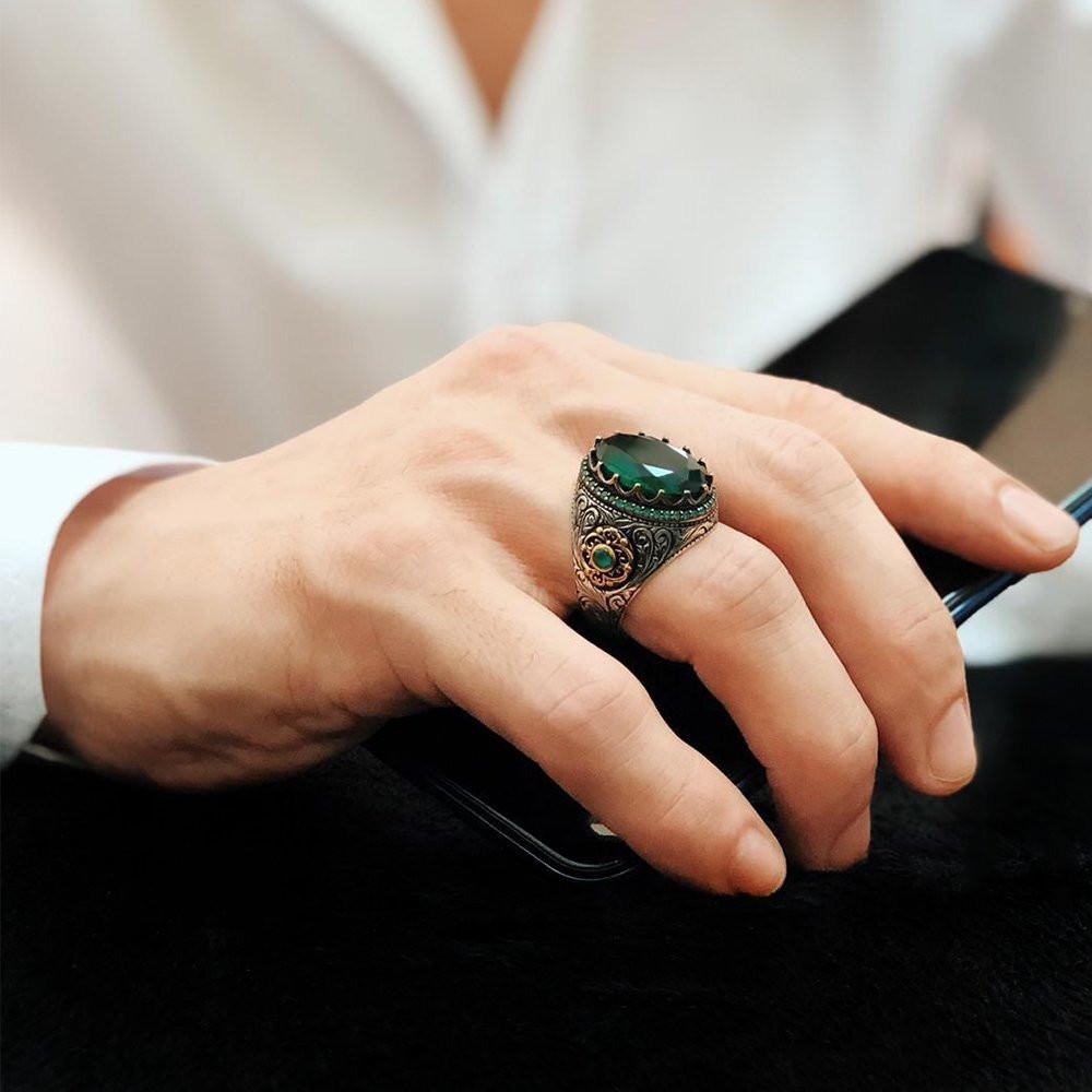 خاتم فخم بحجر زركون أنيقة وفصوص نانو فيروز مميزة