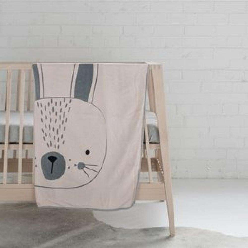 بطانية بتصميم أرنب باللون الزهري من ماركة Mister Fly من دوها