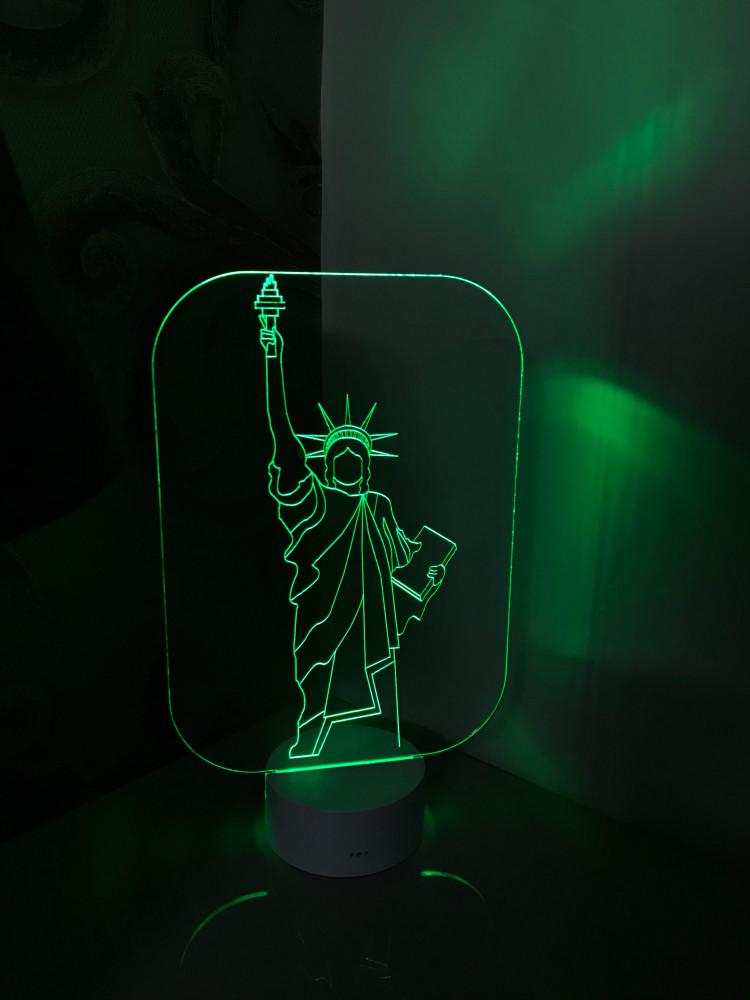 اضاءة تمثال الحرية