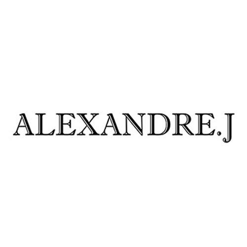الكسندر جيه Alexandre J