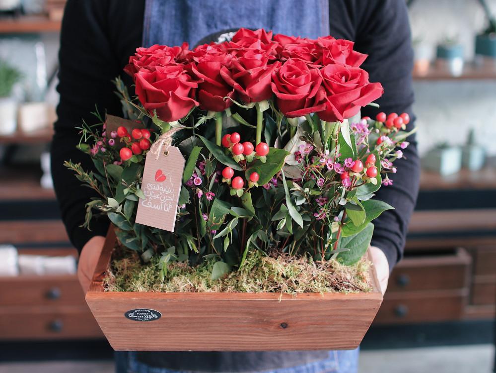 هدية صندوق أغصان الروز الأحمر