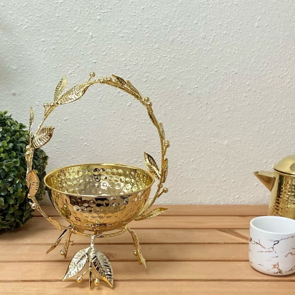 سلة شوكولا ذهبي شيك تحف وهدايا سلة ذهبية شوكولاتة تقديم سلة ذهبية